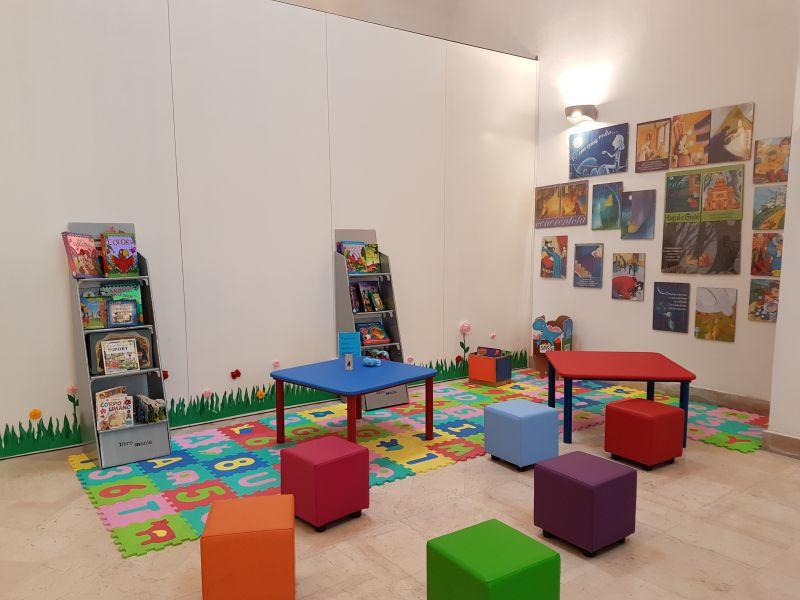 Angolo Lettura Per Bambini : Camerette per bambini una fiaba in versione design